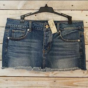 NWT American Eagle Mini Jean Skirt 8